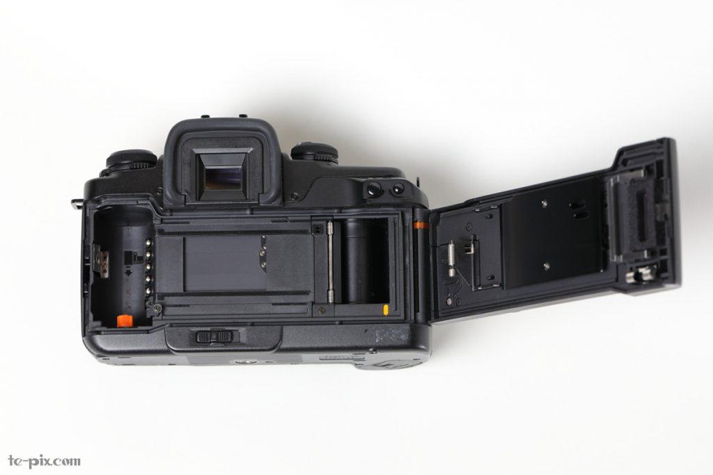 EOS 55のフィルムの装填方法