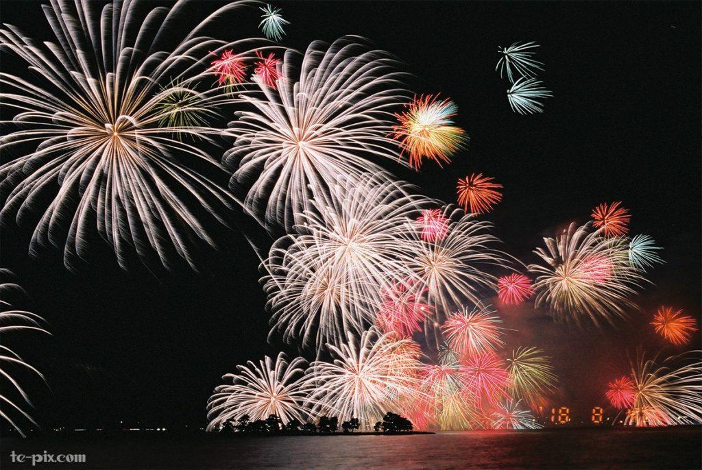 EOS 55で花火を撮った作例