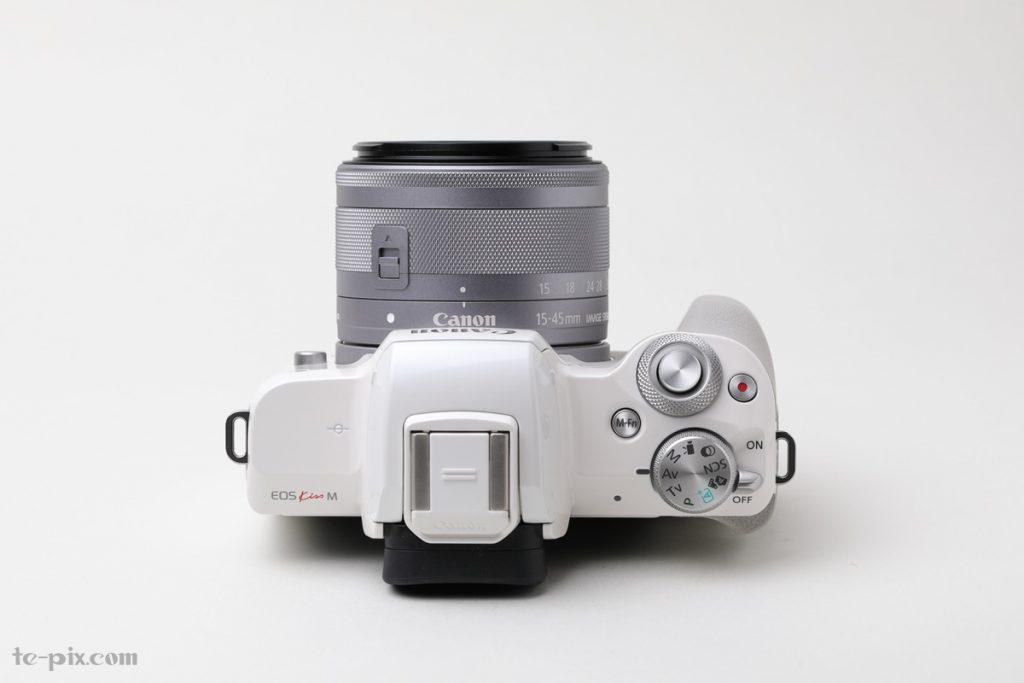 Canon EOS Kiss Mの上面