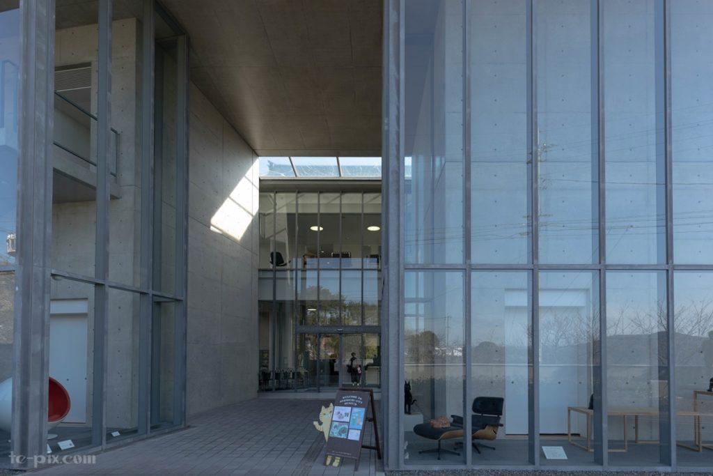 尾道市立美術館の入り口